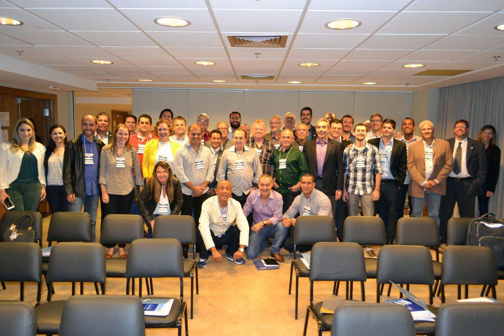 CDL Rio Bonito participa de seminário de qualificação no Rio de Janeiro